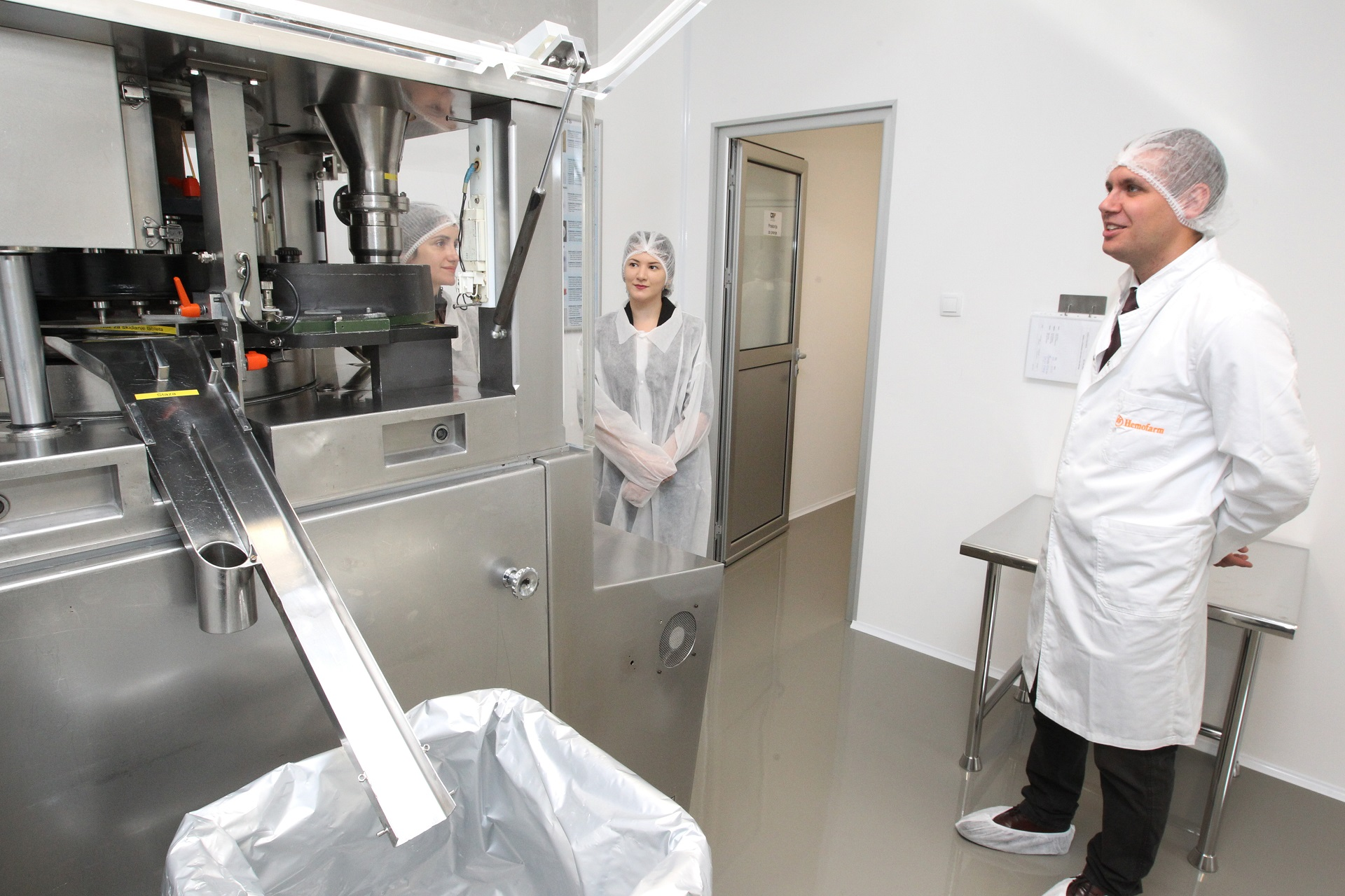 Pharmaceutical clean room opened at the Faculty of Technology and Metallurgy in Belgrade
