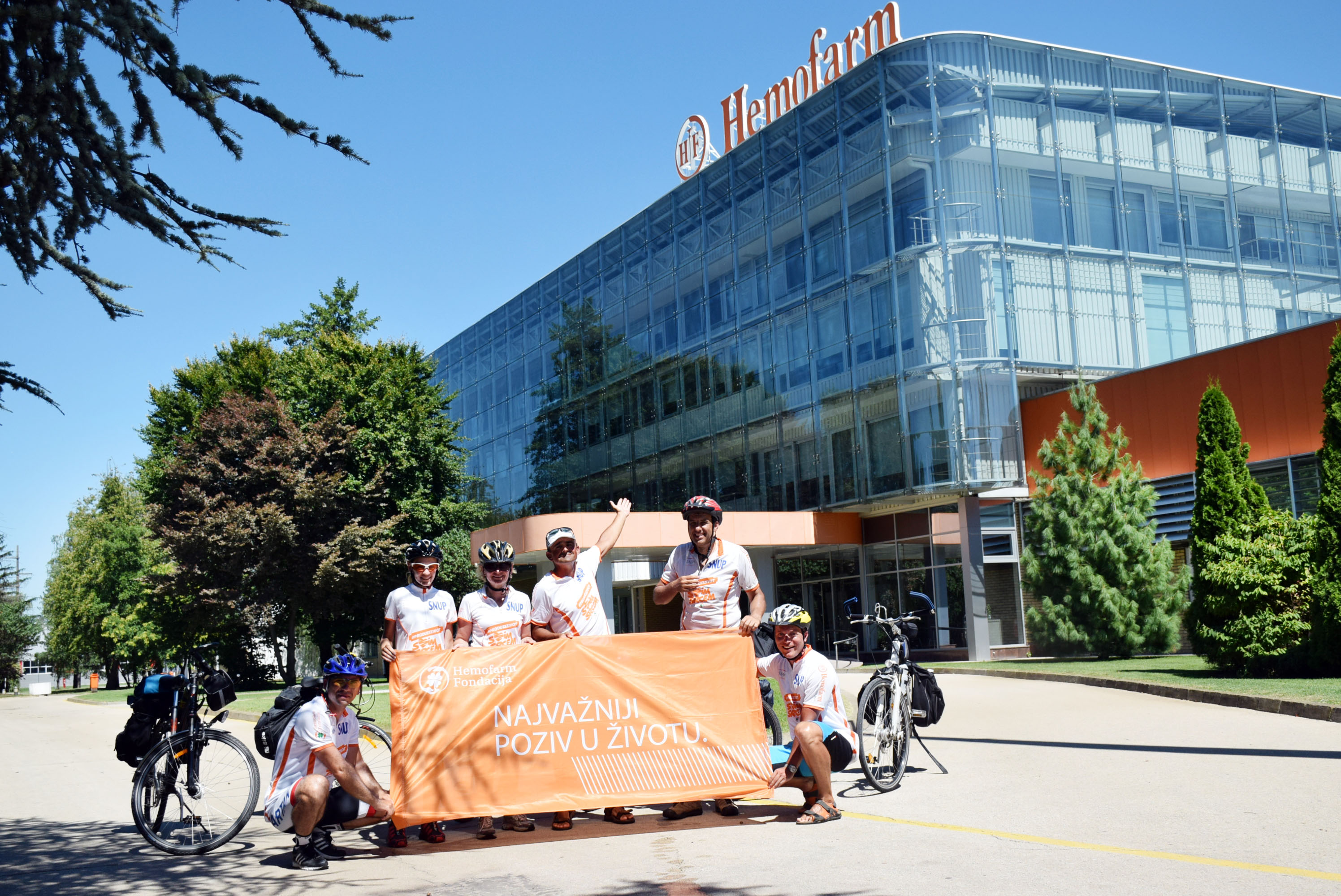 Hemofarm's Cyclists Arrived in Vršac from Germany after Two Weeks of Cycling